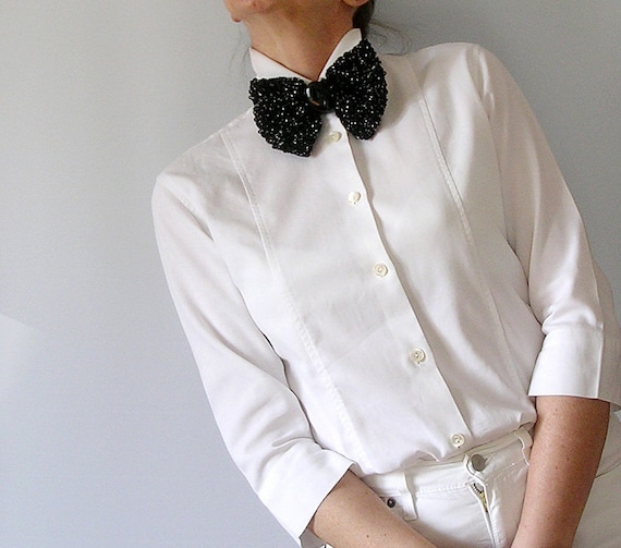 Sparkling Bow Brooch Black Papillon Crochet Bow Tie