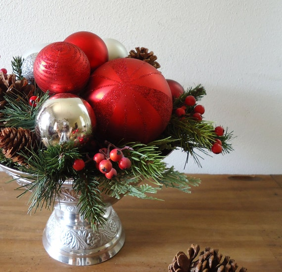 Christmas centerpiece red and silver by aprilhilerdesigns
