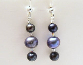 Black pearl earrings with peacock pearls and swarovski crystals