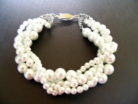 Swarovski crystal Pearl bracelet White pearls Twisted pearl bracelet