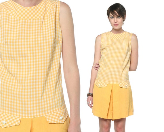 60s Scooter Dress Gingham 1960s Mod Mini Pleated White Yellow Drop Waist Vintage Culottes Pockets Sleeveless Romper Dress Medium M