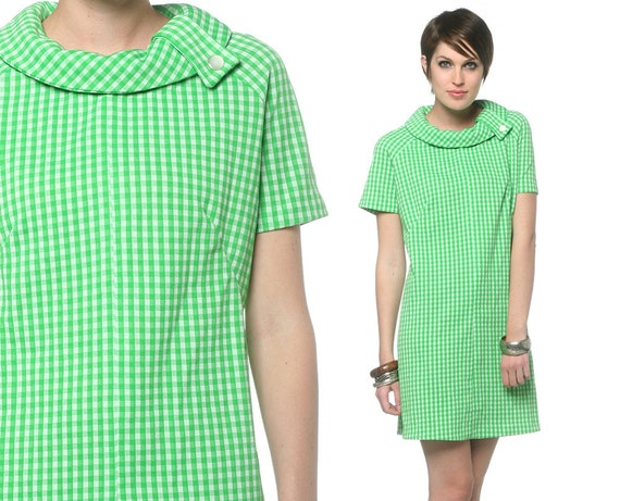 1960s Plus Size Dress Mod Green White Checkered Print 60s Shift Mini XL Gingham Short Sleeve Sixties Gogo Polyester Vintage Extra Large