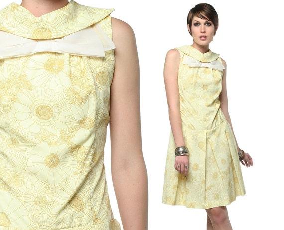60s Mod Dress Bow Neck Yellow Floral Scooter 1960s Mini Pleated Sleeveless Drop Waist Retro Vintage 1960 Twiggy Dress Medium M