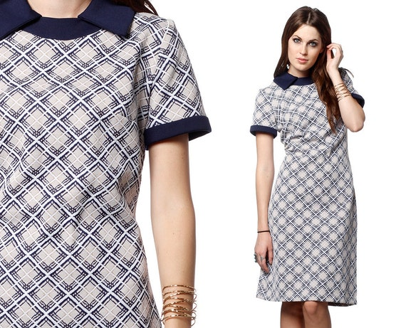 Mod Checkered Dress 60s Shift Mini 1960s Navy Blue Short Sleeve Nerd 70s Twiggy Geometric Print Vintage Polyester Collared Dress Large L