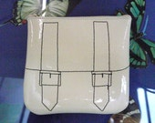 FREE WORLDWIDE SHIPPING Cream Patent Leather Coin Purse