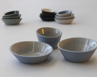 Light Blue and Gray Mimi-Bowls