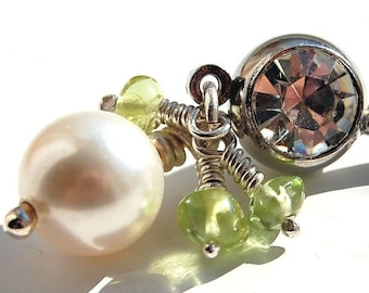 "Belly Ring / Belly Barbell/ Belly Jewelry / Swarovski Pearl and Peridot / ""Breathless"""