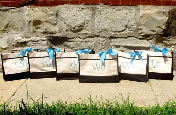 Personalized Bridesmaid Gift Totes, Monogrammed Tote Bags, Bridal Party Gift, Set of 8