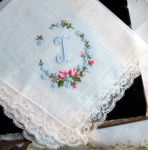 """Vintage """"T"""" monogram  in Blue on White Cotton Hanky/Handkerchief. Embroidered flowers"""
