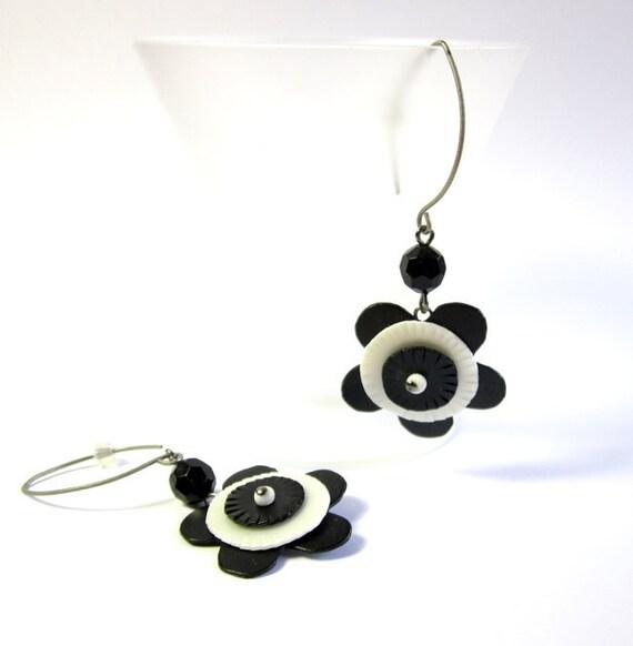 CIJ SALE - Mod Flowers - Upcycled earrings