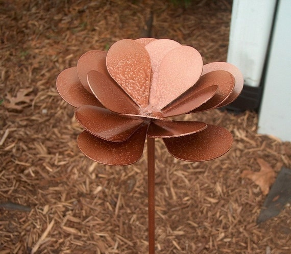 Metal Flower Yard Garden Art