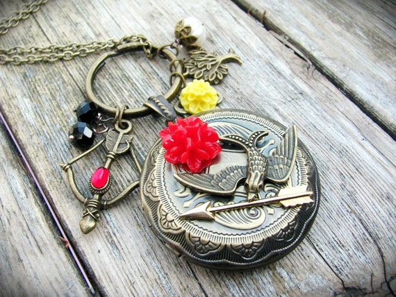 Hunger Games Necklace Charmed Locket Real Fresh water Pearl
