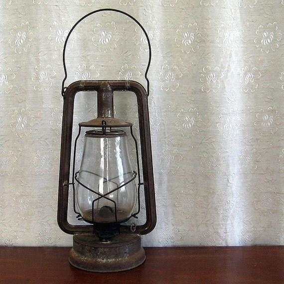 Vintage Dietz Hy Lo Kerosene Lantern New York