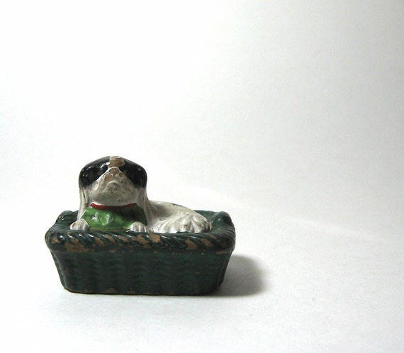 Chalkware Dog in Basket Vintage Figurine Japanese Spaniel