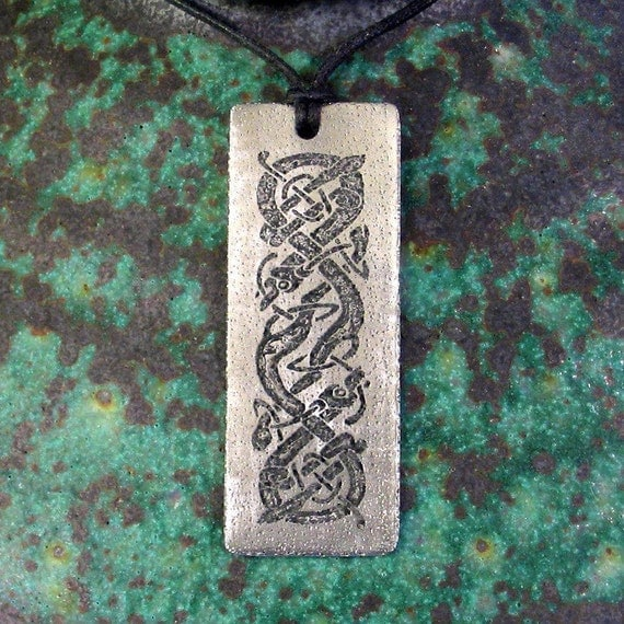 Chasing Hounds Celtic Pendant, Stainless Steel Etched - Protection, Loyalty