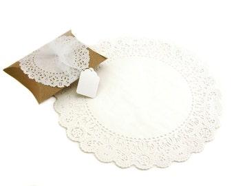 "12"" White Round Paper Doilies (25)"