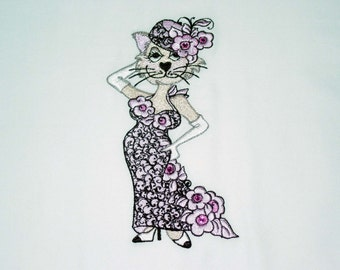 """Lady Cats by """"Loralie"""" (6) Machine Embroidered Quilt Blocks"""