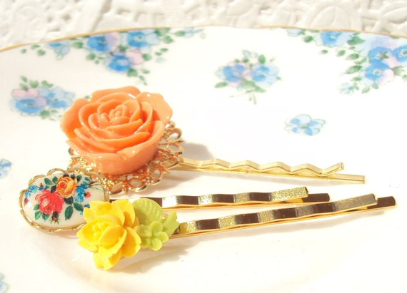 Trumpet - Flower Bobby Pin Set