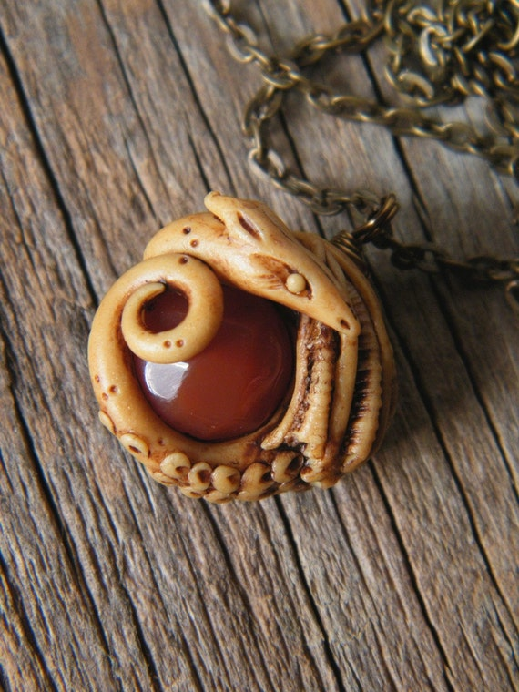 Little Tiny Dragon necklace with faceted carnelian 001