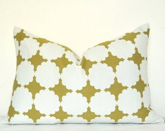 Pillow Cover, Decorative Pillow, Throw Pillow, Toss Pillow, Sofa Pillow, Chartreuse Geometric, Chartreusr Pillow, Handmade Pillow
