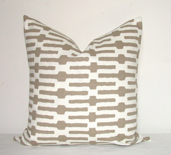 Pillow Covers - Decorative Pillows - Throw Pillows - Sofa Pillows - Toss Pillows - Annie Selke - Taupe - Set of Two - 20x20 inch - Geometric