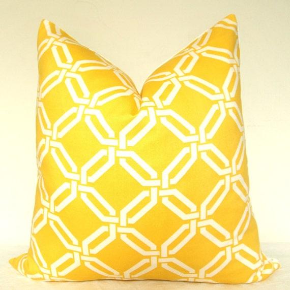 Pillow Cover - Decorative Pillow - Toss Pillow - Throw Pillow - Accent Pillow - Trellis - 16x16 in - Yellow