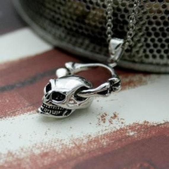 VDR001 - Skull Pendant Necklace Skeleton Head Bone Devil Punk