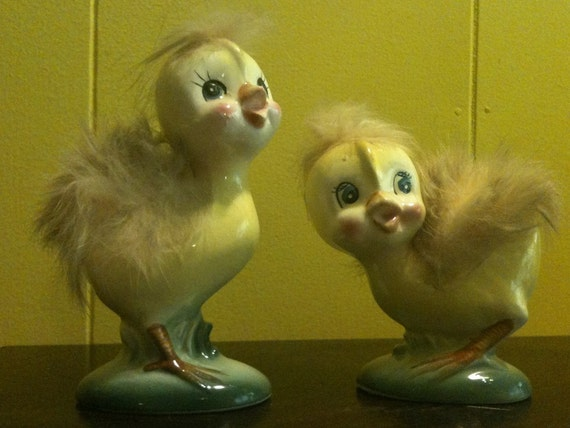 2 Vintage Norcrest Baby Chicks chickens with fur
