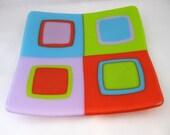 Twister glass sushi dish, modern decor plate in neon colors, geometric design