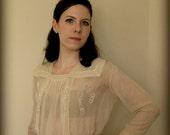 AUTHENTIC 1920s Vintage Silk Blouse Antique Cream Flapper Sailor