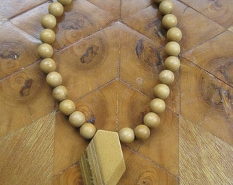 Vintage Boho Necklace Wooden Bead
