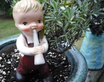 Vintage Figurine Bugle Boy Hummel Style