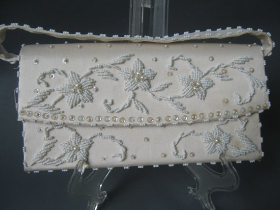 Vintage Clutch Purse White Beaded