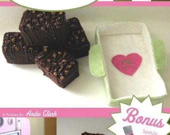 EASY Felt Food PDF Tutorial Pattern Interactive Fudge Brownies, Ceramic Pan, Spatula