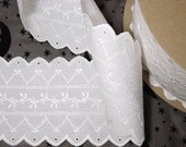 2.9 yards - White embroidered Eyelet Scallop Lace trim
