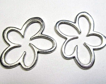Metal Links - Pewter Large Daisy or Cloud (2 links) - spa304