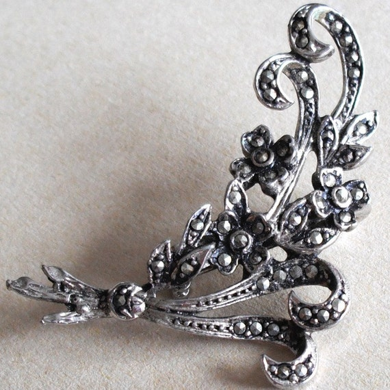 Vintage Marcasite Flower Stems  Brooch Pin