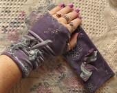 Heather Fields Velvet Fingerless Gloves Purple Stretch Teens, Juniors, Womens Fashion