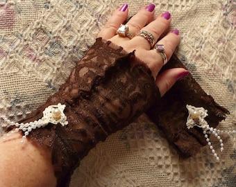Shooting Star Cuffs Fingerless Gloves Mori Girl Ruffled Ladies Arm Warmers Snow Blockers Brown Teens Juniors Womens Vintage Doily