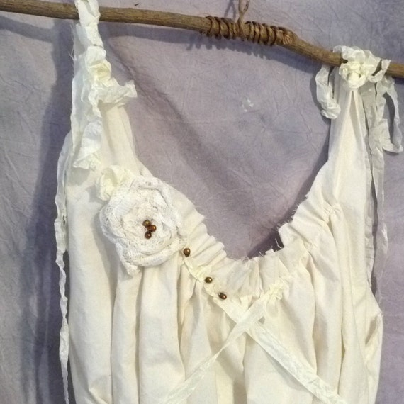 Wedding Dress Size L to XL Beach Bride Corset Rouched Tiered Hem Tea Length Plus Size Womens Tattered