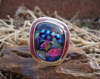 Dichroic Glass Ring / 201