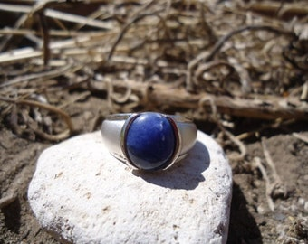 Lapis and Brushed Silver Ring / 400