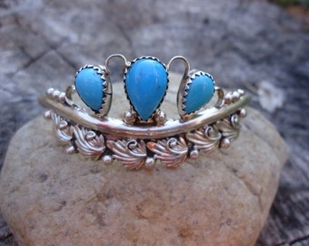 Turquoise and Silver Bracelet / 634