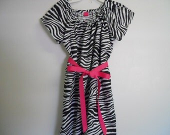 Boutique Maternity and Delivery Hospital  Gown Zebra AND Hot Pink look soo cute