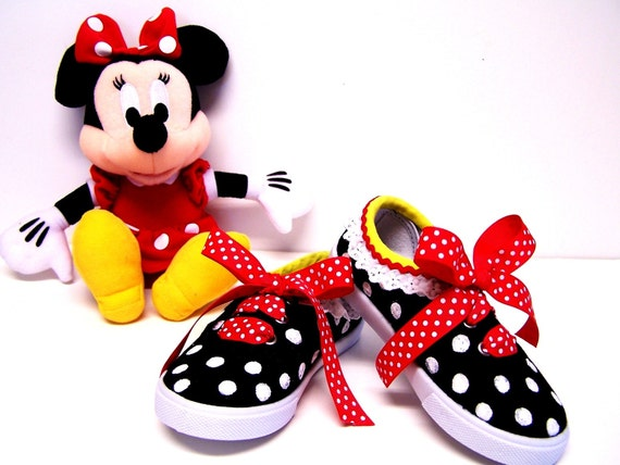 MINNIE MOUSE DRESS TENNIS SHOES POLKA DOT SNEAKERS Girls and Toddler Size 1 2 3 4 5 6 7 8 9 10 11 12 13