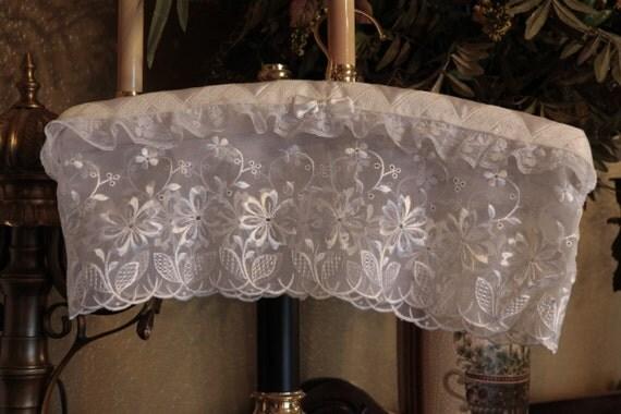 HANGER COUTURE - Wedding White - Padded Hanger - White on White