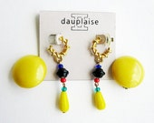 Lot of 2 Vintage yellow Earrings one Dauplaise, and celluloid 1950s