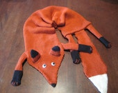 Fox scarf, knitted rusty red