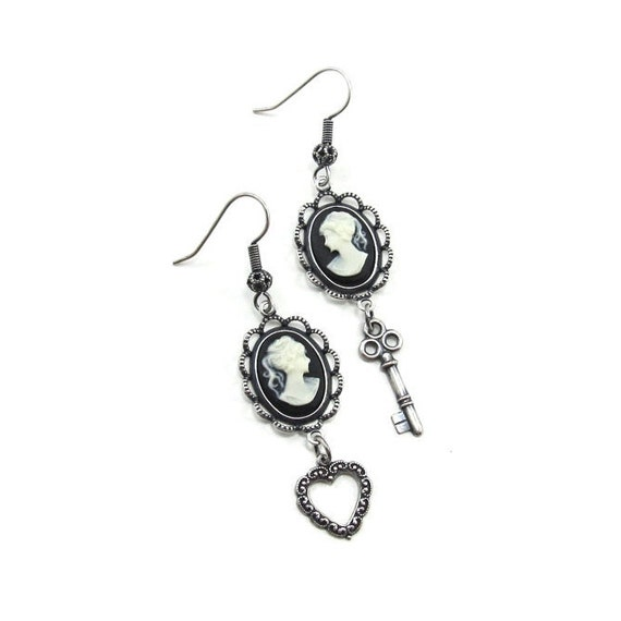 SALE 50% OFF Sweet Gothic Lolita Cameo Earrings - Inamorata - with Heart Shaped Wreath and Skeleton Key Dangles - By Ghostlove