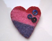 big blue buttoned heart - felt brooch